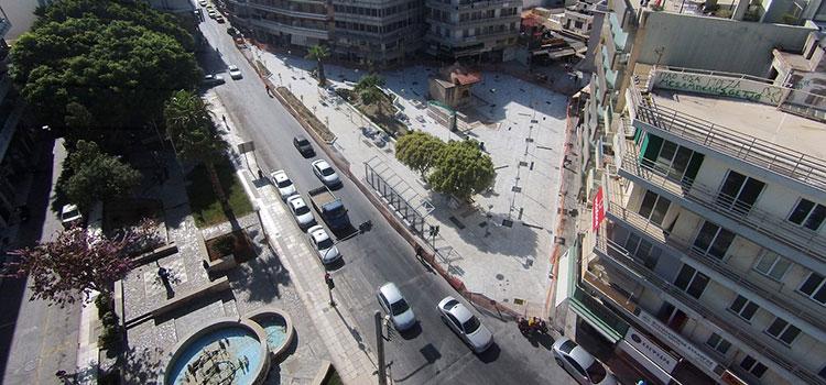 Η πλατεία Βιτσέντζου Κορνάρου (Βαλιδέ Τζαμί)